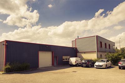 déménagement de l'entreprise et de nos ateliers de couture dans des locaux plus grands, plus modernes